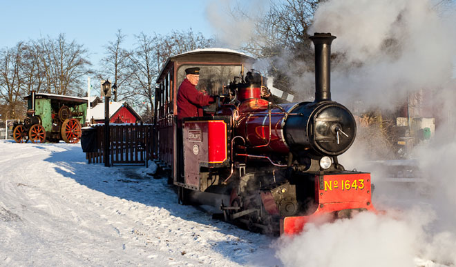 Winter -steam -train -rides