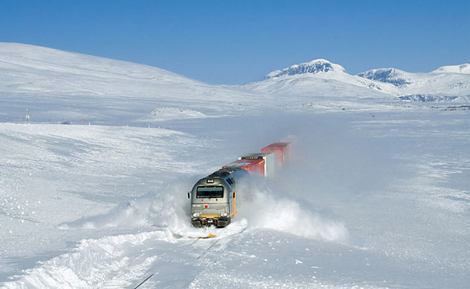 Extreme weather steam trains