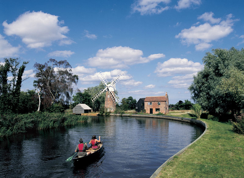Summer water activities in Norfolk and Suffolk